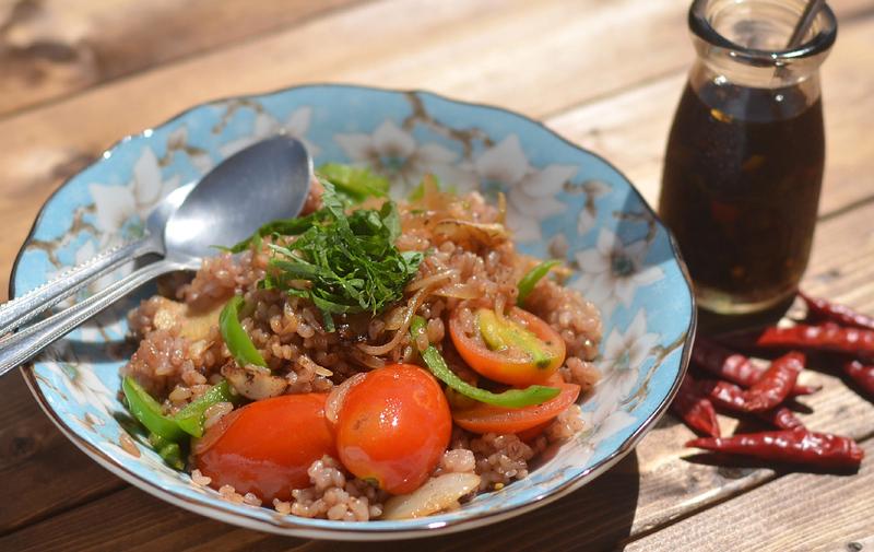 発芽玄米ごはんでトマトチャーハン