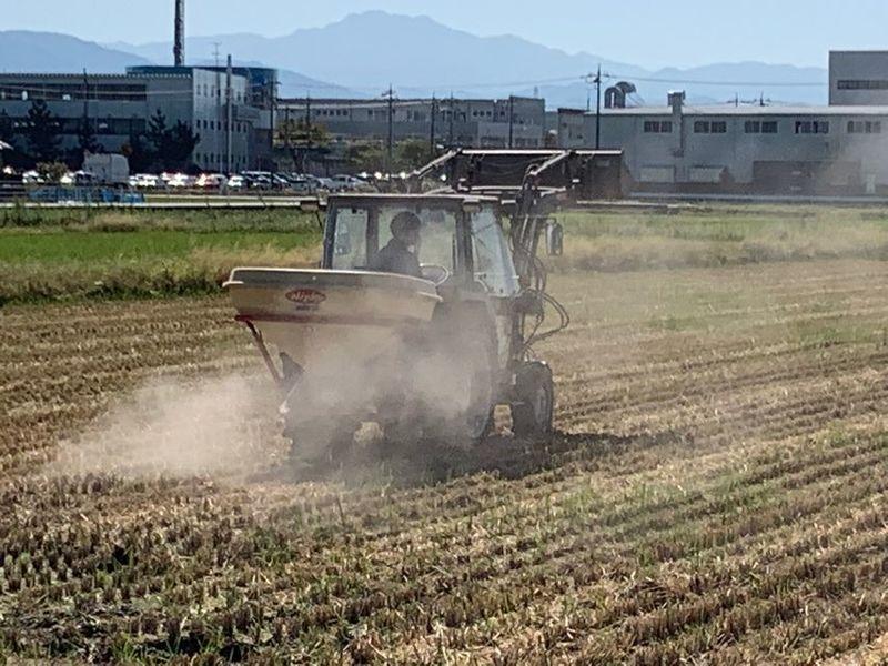 秋の収穫も終わり、来年に向けての準備をしています。(^o^)